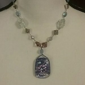 Jewelry - NWOT Adorable necklace